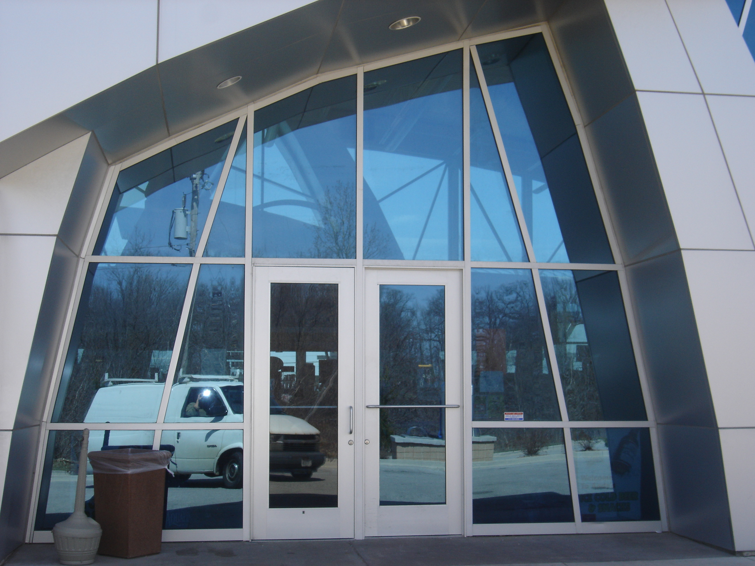 commercial Glass, Glass services, Milwaukee, Milwaukee Glass,
